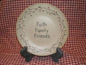 "New Decorative Wood 6"" Plate~FAITH FAMILY FRIENDS~Berry & Vine Border Home Decor"