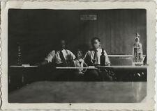 PHOTO ANCIENNE - VINTAGE SNAPSHOT - BISTROT SYPHON APÉRITIF ALCOOL TABLE DRÔLE
