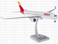 10697 IBERIA Airbus A350-900 Hogan Wings 1:200 plastic model