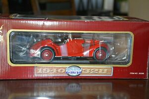 Road Legends 1940 BMW 328 Roadster Red 1:18 Scale Diecast Model Car 3071