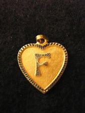 Pendentif Coeur Médaillon en Or Plaqué Lettre F 2 cm