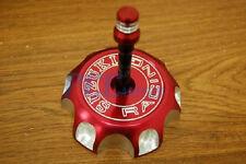SUZUKI RED CNC BILLET FUEL GAS CAP DRZ 125 250 400 400E LTR 450 I GC13