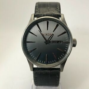 Nixon Mens Never Be Late The Sentry Black Leather Band Quartz Analog Wristwatch