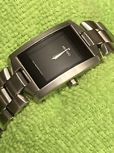 """Movado Eliro Men's Stainless Steel Watch Sized for UniSex 6 1/2"""" Wrist (Small)"""