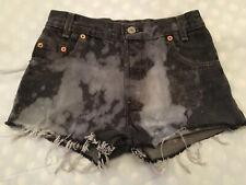 Ex 'urban renewals' Levi's hot pants waist 25