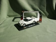Nissan Gt-r 2009 blanche 1/43 de Burago Serie Street Runers