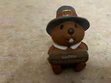 Hallmark 1992 Thanksgiving Merry Miniature - Pilgrim Beaver with Gold Sticker