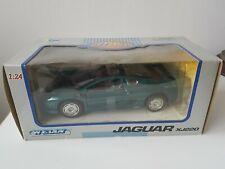 Welly 1/24 Scale Model Car - Jaguar XJ220 - Green