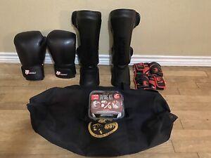 Venum & Revgear MMA Muay Thai Boxing BJJ Lot Shin Guards & Gloves * No Reserve