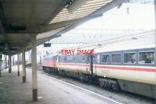 PHOTO  1994 MANCHESTER PLATFORMS MANCHESTER PICCADILLY RAILWAY STATION