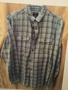 Quiksilver Flannel Shirt Men's size med Lot Two Shorts