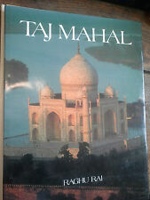 Taj Mahal / Raghu Rai texte de Usha Rai