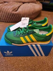 Adidas Originals Orion  in Green and Yellow size 8.5 uk Terry fox style bnwt