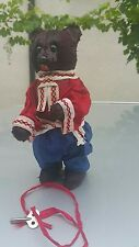VINTAGE FOLK BEAR WIND UP CLOCKWORK TOY 1960 USSR CCCP SOVIET ERA РСФСР RUSSIA