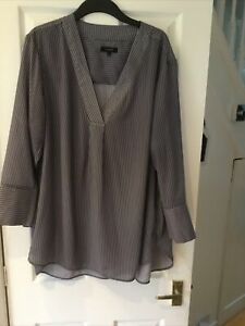 Marks And Spencer Autograph Top Size 20