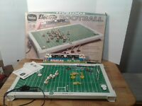 Vintage Tudor Tru Action Electric Football Game Model No. 500 W/ Box