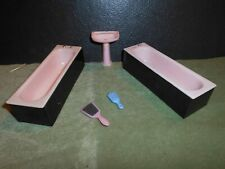 12th Scale Dolls House Vintage Plastic Bathroom Items
