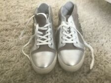 Nine West Grey Suede/silver Embellished Lace Up High Top Sneakers 6 m Women)Euc
