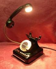 Tischlampe aus Telefon gefertigt LED 5W Schönes Geschenk!