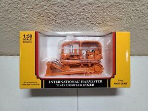 International IH TD-15 Dozer - Iowa Orange First Gear 1:50 Scale #59-3064 New!