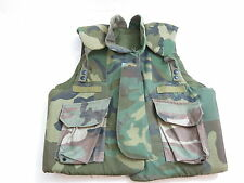 OLDER JAY DEE BODY ARMOR FRAGMENTATION PROTECTIVE FLAK VEST CAMO SIZE MEDIUM