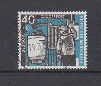 BRD Mi-Nr. 273 zentrisch gestempelt Berlin-Charlottenburg