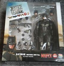 MAFEX Batman Tactical Suit Justice League ( US Seller ) New Sealed Authentic
