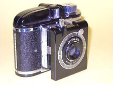 Whitehouse Products Beacon - vintage bakelite camera in extremely good condition
