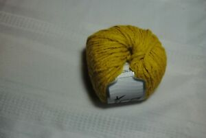 Size 4 gold Acrylic Yarn #67607
