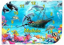 horloge pendule murale dauphin personnalisable texte prénom au choix réf F 51
