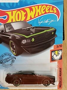 Hot Wheels 2020 '69 Ford Mustang Boss 302 #210 Black