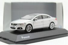 1:43 Autoart Volkswagen cc passast Die Cast Model
