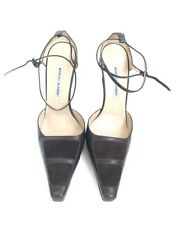 Manolo Blahnik Size 40 Brown Closed Toe Heels