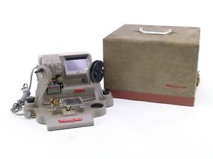Mansfield 950 8mm Viewer / Splicer with Working Lamp, in Excellent Condition.