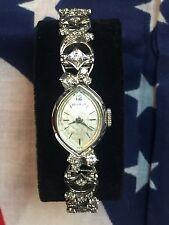 Vintage Benrus 14k White Gold & Diamonds 17 Jewel Ladies Wristwatch