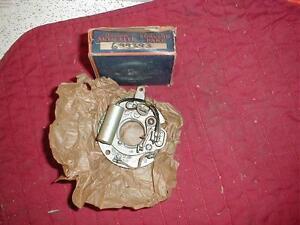 NOS MOPAR 1939-48 CHRYSLER 8 CYLINDER DISTRIBUTOR BREAKER PLATE