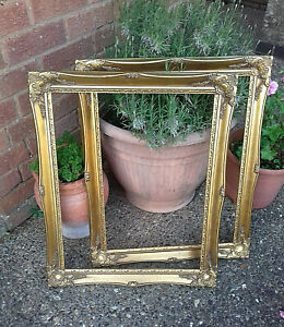 Gorgeous Pair of  Antique Reproduction Gilt Wall Picture Frames Home Decor