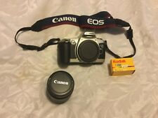 Canon EOS 500n 35mm SLR Camera with Canon 28-80mm f3.5-5.6 EF AF lens .