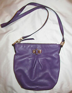 B MAKOWSKY CONCORD AMETHYST BUCKET buttery soft purple leathe messenger bag