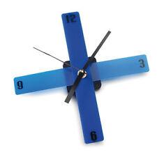 Relojes de pared color principal azul batería
