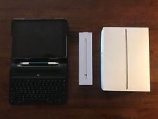 Apple iPad Pro 32GB, Wi-Fi + 4G, 9.7in - Space Grey + pencil & keyboard Bundle
