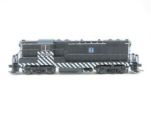 N Scale Atlas ATSF Santa Fe EMD GP7 Diesel Locomotive #2769 - DCC Ready