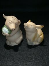 Adorable Vintage  Collectables Pig salt pepper shakers by the Franklin Mint.