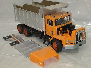 Vintage Ertl International Paystar 5000 Dump Truck 1/25 Model Kit #8010 -Built