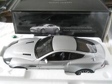 1:12 Kyosho Aston Martin Vanquish V12 NICE