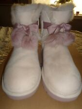WOMENS NEW  UGG BOOTS NEW IN BOX BEIGE WITH LIGHT PINK POM POMS SIZE 8