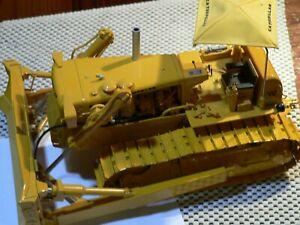 Caterpillar D9 Series E Hydraulic Blade  First Gear 1:25 Scale #49-3172 PRE OWND