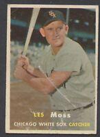 1957 Topps #213 Les Moss VG/VGEX C000013192