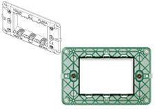 SUPPORTO per CASSETTA RETTANGOLARE a 3 MODULI POSTI art. 14613 serie PLANA VIMAR