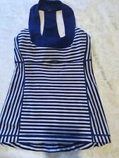 Lululemon Striped Scoop Neck Tank Top w/ built in support Between size 2-4